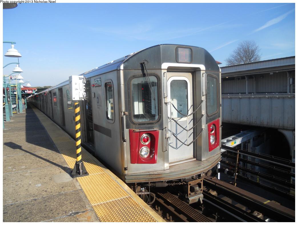 (374k, 1044x788)<br><b>Country:</b> United States<br><b>City:</b> New York<br><b>System:</b> New York City Transit<br><b>Line:</b> IRT White Plains Road Line<br><b>Location:</b> East 180th Street <br><b>Route:</b> 2<br><b>Car:</b> R-142 (Primary Order, Bombardier, 1999-2002)  6576 <br><b>Photo by:</b> Nicholas Noel<br><b>Date:</b> 12/23/2012<br><b>Viewed (this week/total):</b> 2 / 918