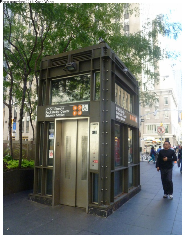(206k, 637x820)<br><b>Country:</b> United States<br><b>City:</b> New York<br><b>System:</b> New York City Transit<br><b>Line:</b> IND 6th Avenue Line<br><b>Location:</b> 47-50th Street/Rockefeller Center <br><b>Photo by:</b> Kevin Wong<br><b>Date:</b> 9/23/2012<br><b>Viewed (this week/total):</b> 0 / 1044