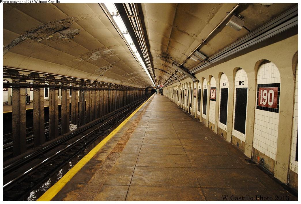 (365k, 1044x707)<br><b>Country:</b> United States<br><b>City:</b> New York<br><b>System:</b> New York City Transit<br><b>Line:</b> IND 8th Avenue Line<br><b>Location:</b> 190th Street/Overlook Terrace <br><b>Photo by:</b> Wilfredo Castillo<br><b>Date:</b> 12/29/2012<br><b>Viewed (this week/total):</b> 0 / 1063