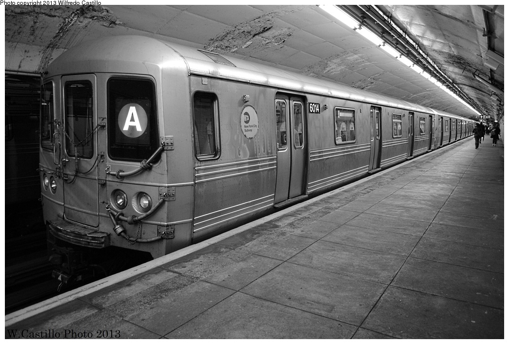 (309k, 1044x707)<br><b>Country:</b> United States<br><b>City:</b> New York<br><b>System:</b> New York City Transit<br><b>Line:</b> IND 8th Avenue Line<br><b>Location:</b> 190th Street/Overlook Terrace <br><b>Route:</b> A<br><b>Car:</b> R-46 (Pullman-Standard, 1974-75) 6014 <br><b>Photo by:</b> Wilfredo Castillo<br><b>Date:</b> 12/29/2012<br><b>Viewed (this week/total):</b> 0 / 733
