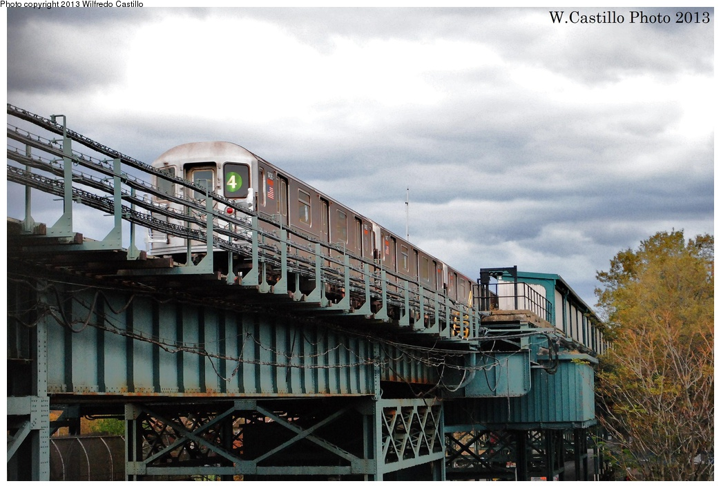(324k, 1044x707)<br><b>Country:</b> United States<br><b>City:</b> New York<br><b>System:</b> New York City Transit<br><b>Line:</b> IRT Brooklyn Line<br><b>Location:</b> Sutter Avenue/Rutland Road <br><b>Route:</b> 4<br><b>Car:</b> R-62 (Kawasaki, 1983-1985)  1406 <br><b>Photo by:</b> Wilfredo Castillo<br><b>Date:</b> 11/2/2012<br><b>Viewed (this week/total):</b> 1 / 1316