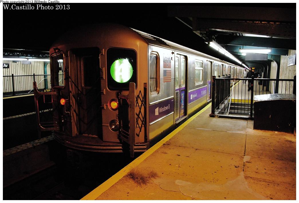 (308k, 1044x707)<br><b>Country:</b> United States<br><b>City:</b> New York<br><b>System:</b> New York City Transit<br><b>Line:</b> IRT Brooklyn Line<br><b>Location:</b> Saratoga Avenue <br><b>Route:</b> 4<br><b>Car:</b> R-62 (Kawasaki, 1983-1985)  1596 <br><b>Photo by:</b> Wilfredo Castillo<br><b>Date:</b> 11/3/2012<br><b>Viewed (this week/total):</b> 3 / 1182