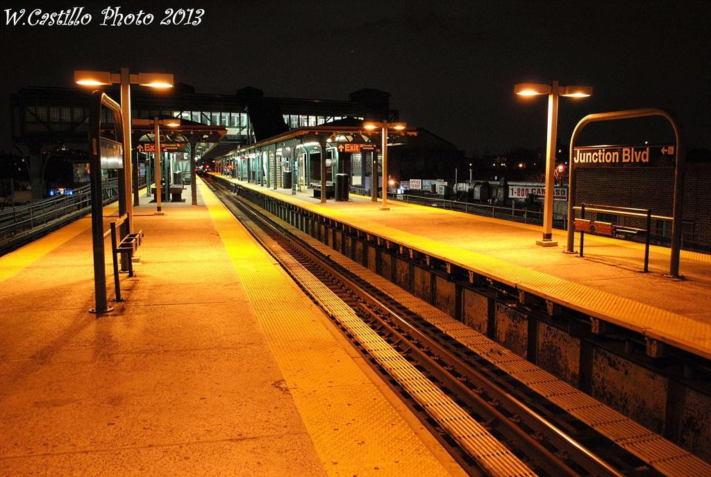(365k, 1024x687)<br><b>Country:</b> United States<br><b>City:</b> New York<br><b>System:</b> New York City Transit<br><b>Line:</b> IRT Flushing Line<br><b>Location:</b> Junction Boulevard <br><b>Photo by:</b> Wilfredo Castillo<br><b>Date:</b> 2/28/2013<br><b>Viewed (this week/total):</b> 0 / 1024