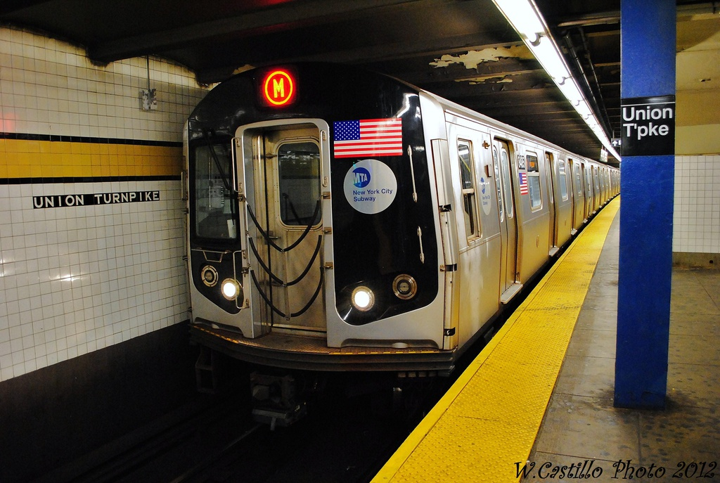 (317k, 1024x687)<br><b>Country:</b> United States<br><b>City:</b> New York<br><b>System:</b> New York City Transit<br><b>Line:</b> IND Queens Boulevard Line<br><b>Location:</b> Union Turnpike/Kew Gardens <br><b>Route:</b> M<br><b>Car:</b> R-160A-1 (Alstom, 2005-2008, 4 car sets)  8465 <br><b>Photo by:</b> Wilfredo Castillo<br><b>Date:</b> 11/4/2012<br><b>Viewed (this week/total):</b> 0 / 947