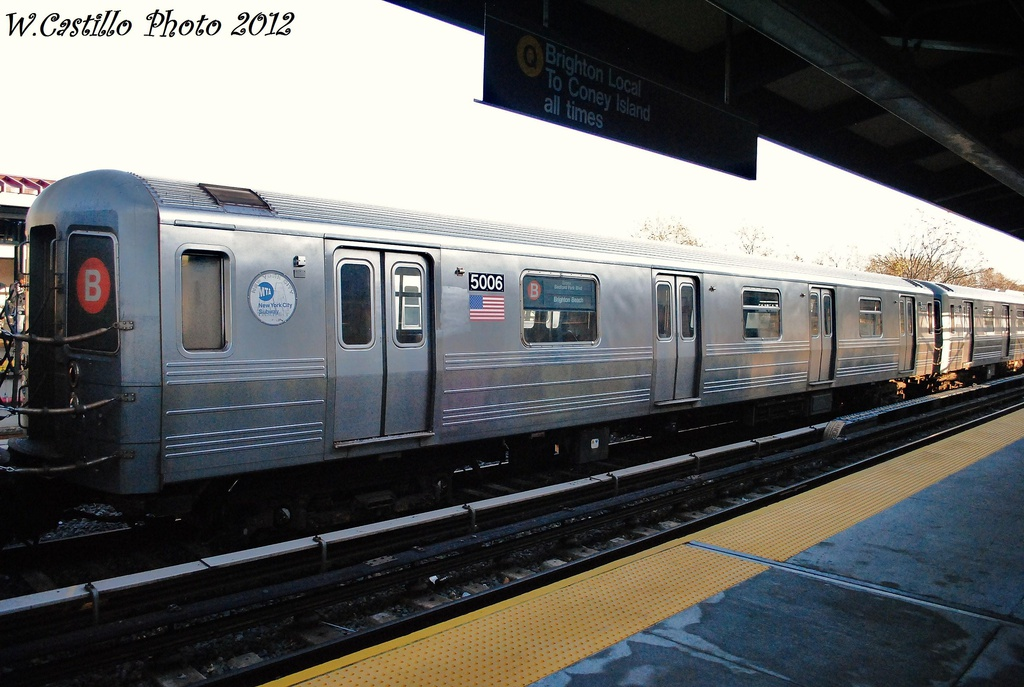 (295k, 1024x687)<br><b>Country:</b> United States<br><b>City:</b> New York<br><b>System:</b> New York City Transit<br><b>Line:</b> BMT Brighton Line<br><b>Location:</b> Neck Road <br><b>Route:</b> B<br><b>Car:</b> R-68A (Kawasaki, 1988-1989)  5006 <br><b>Photo by:</b> Wilfredo Castillo<br><b>Date:</b> 11/11/2012<br><b>Viewed (this week/total):</b> 0 / 640