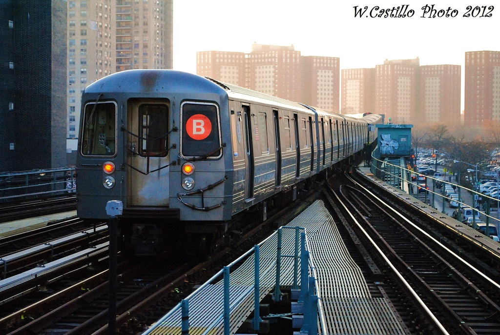 (362k, 1024x687)<br><b>Country:</b> United States<br><b>City:</b> New York<br><b>System:</b> New York City Transit<br><b>Line:</b> BMT Brighton Line<br><b>Location:</b> Ocean Parkway <br><b>Route:</b> B<br><b>Car:</b> R-68A (Kawasaki, 1988-1989)  5120 <br><b>Photo by:</b> Wilfredo Castillo<br><b>Date:</b> 11/11/2012<br><b>Viewed (this week/total):</b> 3 / 1035