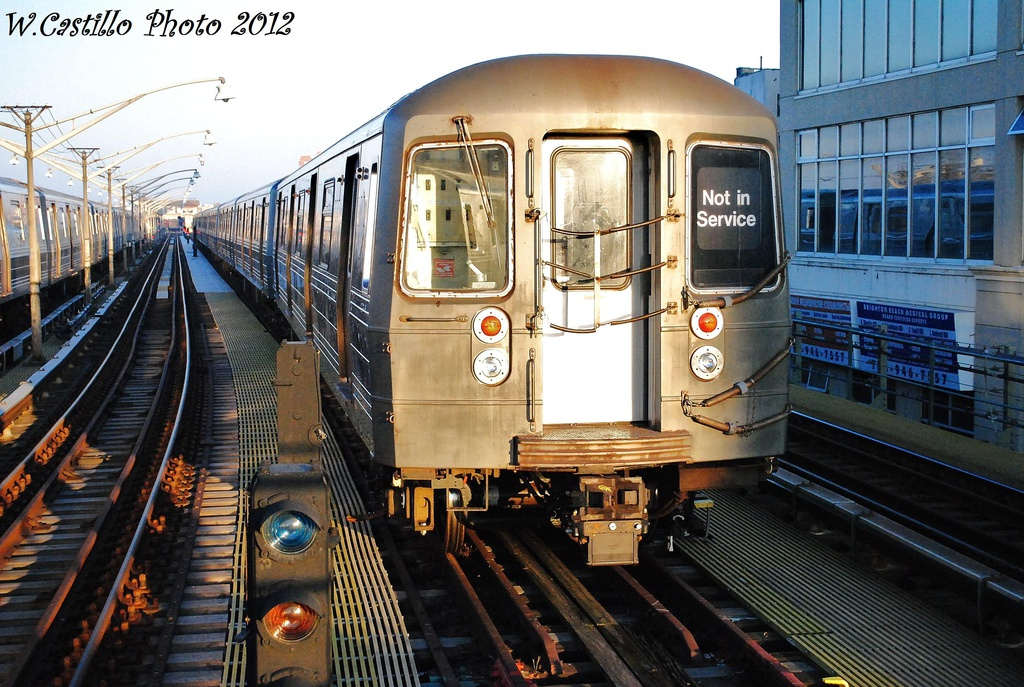 (377k, 1024x687)<br><b>Country:</b> United States<br><b>City:</b> New York<br><b>System:</b> New York City Transit<br><b>Line:</b> BMT Brighton Line<br><b>Location:</b> Ocean Parkway <br><b>Route:</b> Layup<br><b>Car:</b> R-68 (Westinghouse-Amrail, 1986-1988)   <br><b>Photo by:</b> Wilfredo Castillo<br><b>Date:</b> 11/11/2012<br><b>Viewed (this week/total):</b> 0 / 918