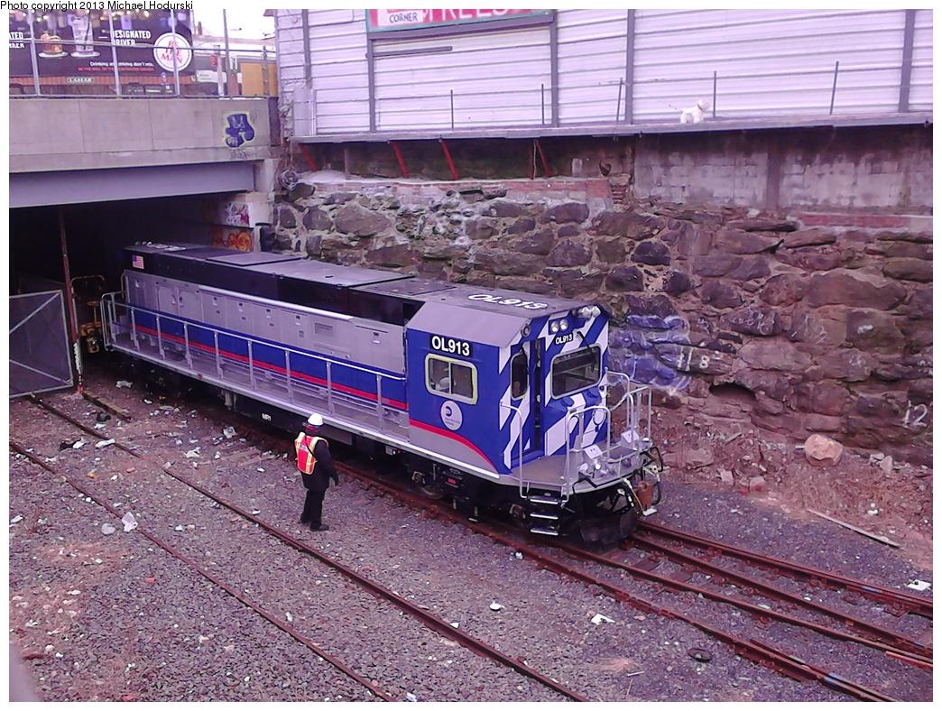 (429k, 1044x788)<br><b>Country:</b> United States<br><b>City:</b> New York<br><b>System:</b> New York City Transit<br><b>Line:</b> South Brooklyn Railway<br><b>Location:</b> 4th Ave Underpass (SBK)<br><b>Car:</b> R-156 Diesel-Electric Locomotive (MPI, 2012-2013) 913 <br><b>Photo by:</b> Michael Hodurski<br><b>Date:</b> 2/7/2013<br><b>Viewed (this week/total):</b> 1 / 1557