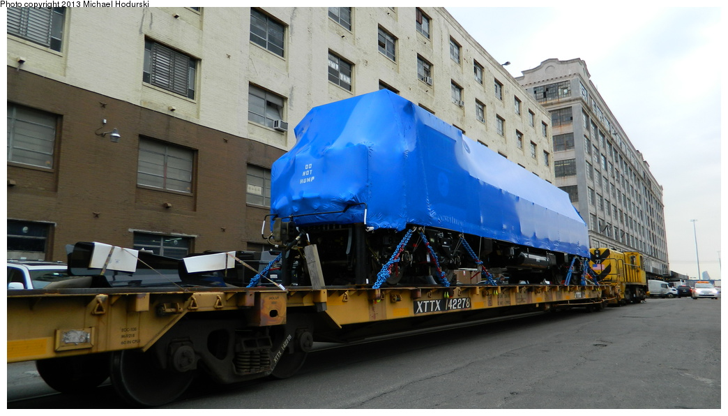(292k, 1044x596)<br><b>Country:</b> United States<br><b>City:</b> New York<br><b>System:</b> New York City Transit<br><b>Line:</b> South Brooklyn Railway<br><b>Location:</b> 1st Avenue & 40th St (SBK)<br><b>Car:</b> R-156 Diesel-Electric Locomotive (MPI, 2012-2013) 914 <br><b>Photo by:</b> Michael Hodurski<br><b>Date:</b> 3/20/2013<br><b>Viewed (this week/total):</b> 0 / 946