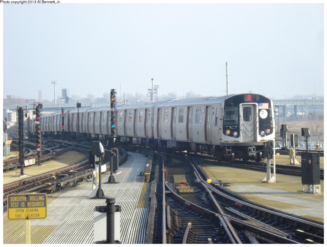 (300k, 1044x788)<br><b>Country:</b> United States<br><b>City:</b> New York<br><b>System:</b> New York City Transit<br><b>Location:</b> Coney Island/Stillwell Avenue<br><b>Route:</b> N<br><b>Car:</b> R-160B (Option 1) (Kawasaki, 2008-2009)  9097 <br><b>Photo by:</b> Al Bennett, Jr.<br><b>Date:</b> 4/1/2013<br><b>Viewed (this week/total):</b> 4 / 1121