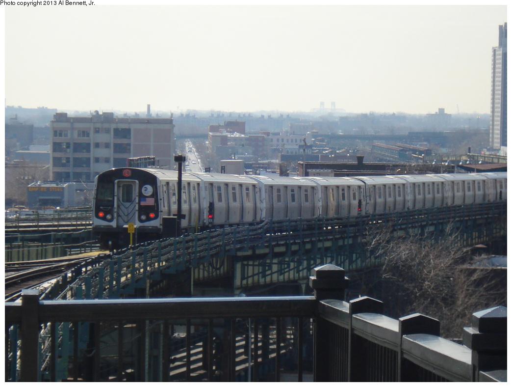 (273k, 1044x788)<br><b>Country:</b> United States<br><b>City:</b> New York<br><b>System:</b> New York City Transit<br><b>Line:</b> BMT Canarsie Line<br><b>Location:</b> Broadway Junction <br><b>Route:</b> L<br><b>Car:</b> R-160A/R-160B Series (Number Unknown)  <br><b>Photo by:</b> Al Bennett, Jr.<br><b>Date:</b> 4/5/2013<br><b>Viewed (this week/total):</b> 0 / 961