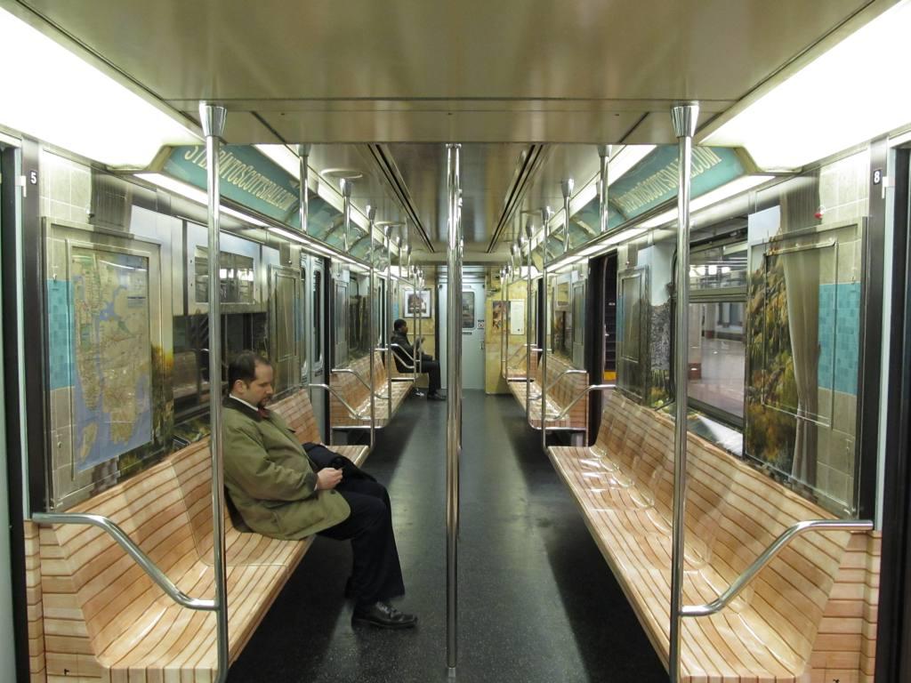 (126k, 1024x768)<br><b>Country:</b> United States<br><b>City:</b> New York<br><b>System:</b> New York City Transit<br><b>Line:</b> IRT Times Square-Grand Central Shuttle<br><b>Location:</b> Grand Central <br><b>Route:</b> S<br><b>Car:</b> R-62A (Bombardier, 1984-1987)   <br><b>Photo by:</b> Robbie Rosenfeld<br><b>Date:</b> 2/6/2013<br><b>Notes:</b> Scottzdale, AZ tourism ad wrap<br><b>Viewed (this week/total):</b> 5 / 642