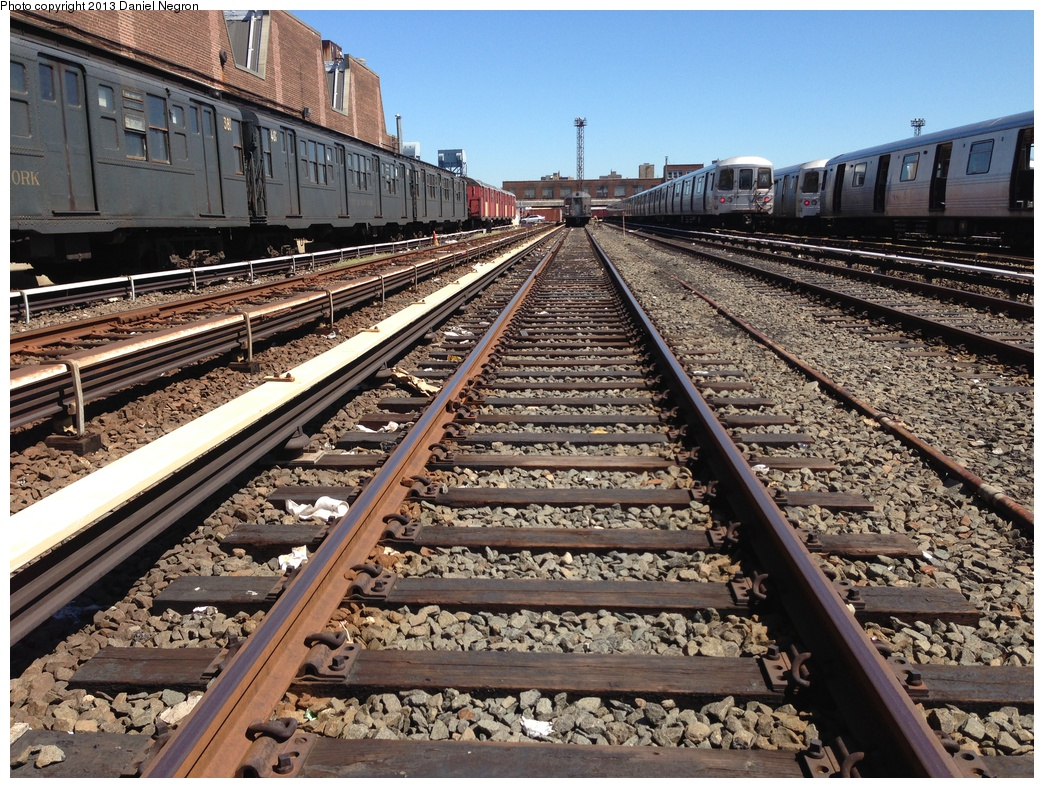 (439k, 1044x788)<br><b>Country:</b> United States<br><b>City:</b> New York<br><b>System:</b> New York City Transit<br><b>Location:</b> 207th Street Yard<br><b>Car:</b> R-1 (American Car & Foundry, 1930-1931) 381 <br><b>Photo by:</b> Daniel Negron<br><b>Date:</b> 5/1/2013<br><b>Viewed (this week/total):</b> 2 / 734