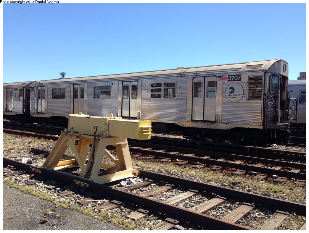 (342k, 1044x788)<br><b>Country:</b> United States<br><b>City:</b> New York<br><b>System:</b> New York City Transit<br><b>Location:</b> 207th Street Yard<br><b>Car:</b> R-32 (Budd, 1964)  3707 <br><b>Photo by:</b> Daniel Negron<br><b>Date:</b> 5/1/2013<br><b>Viewed (this week/total):</b> 0 / 760