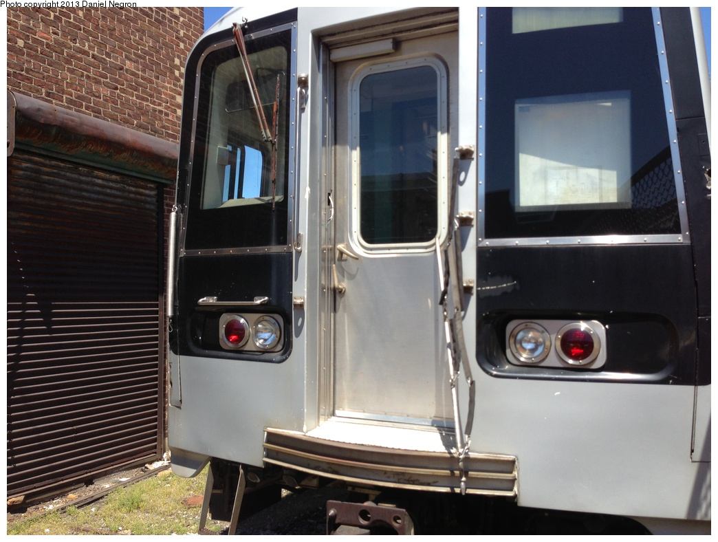 (281k, 1044x788)<br><b>Country:</b> United States<br><b>City:</b> New York<br><b>System:</b> New York City Transit<br><b>Location:</b> 207th Street Yard<br><b>Car:</b> R-110B (Bombardier, 1992) 3009 <br><b>Photo by:</b> Daniel Negron<br><b>Date:</b> 5/1/2013<br><b>Viewed (this week/total):</b> 1 / 1637