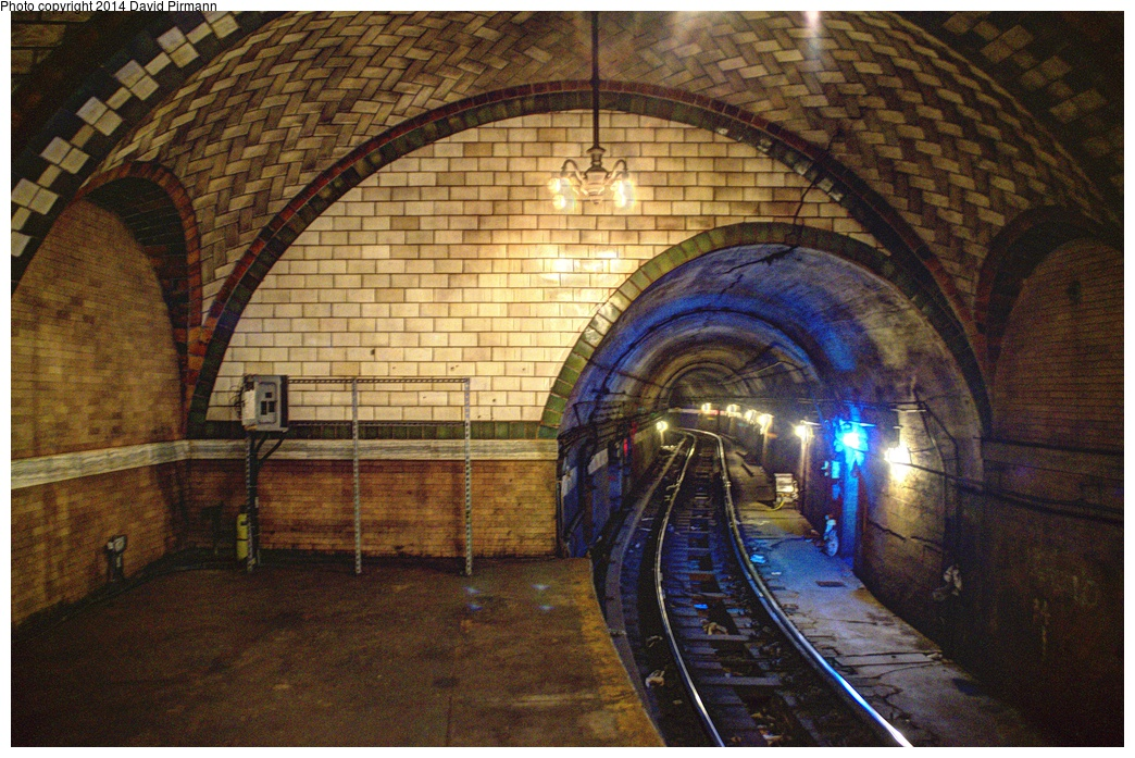 (391k, 1044x697)<br><b>Country:</b> United States<br><b>City:</b> New York<br><b>System:</b> New York City Transit<br><b>Line:</b> IRT East Side Line<br><b>Location:</b> City Hall <br><b>Photo by:</b> David Pirmann<br><b>Date:</b> 4/13/2013<br><b>Viewed (this week/total):</b> 4 / 3569