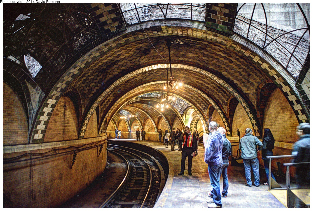 (481k, 1044x703)<br><b>Country:</b> United States<br><b>City:</b> New York<br><b>System:</b> New York City Transit<br><b>Line:</b> IRT East Side Line<br><b>Location:</b> City Hall <br><b>Photo by:</b> David Pirmann<br><b>Date:</b> 4/13/2013<br><b>Viewed (this week/total):</b> 1 / 3537