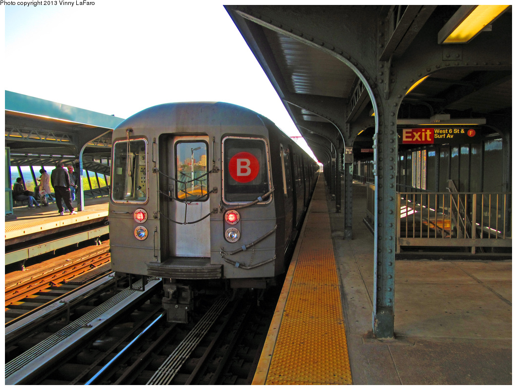 (399k, 1044x788)<br><b>Country:</b> United States<br><b>City:</b> New York<br><b>System:</b> New York City Transit<br><b>Line:</b> BMT Brighton Line<br><b>Location:</b> West 8th Street <br><b>Route:</b> B<br><b>Car:</b> R-68/R-68A Series (Number Unknown)  <br><b>Photo by:</b> Vinny LaFaro<br><b>Date:</b> 5/14/2013<br><b>Notes:</b> Out Of Service PM Rush Yard Move<br><b>Viewed (this week/total):</b> 0 / 1139