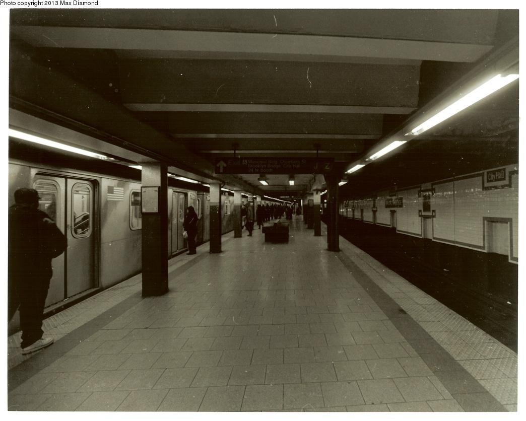 (305k, 1044x836)<br><b>Country:</b> United States<br><b>City:</b> New York<br><b>System:</b> New York City Transit<br><b>Line:</b> IRT East Side Line<br><b>Location:</b> Brooklyn Bridge/City Hall <br><b>Route:</b> 4<br><b>Car:</b> R-142 or R-142A (Number Unknown)  <br><b>Photo by:</b> Max Diamond<br><b>Date:</b> 3/28/2013<br><b>Viewed (this week/total):</b> 2 / 1225
