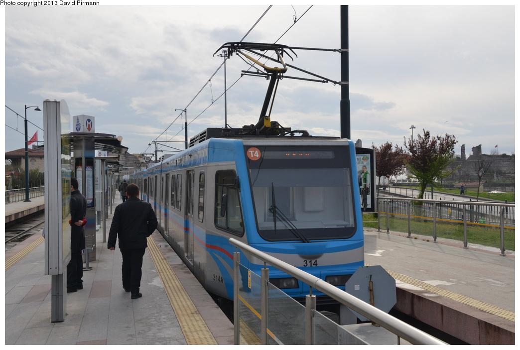 (266k, 1044x703)<br><b>Country:</b> Turkey<br><b>City:</b> Istanbul<br><b>System:</b> İstanbul Ulaşım (Istanbul Transport)<br><b>Line:</b> T4 Topkapi-Habibler <br><b>Location:</b> Topkapı (T4) <br><b>Car:</b>  314 <br><b>Photo by:</b> David Pirmann<br><b>Date:</b> 4/4/2013<br><b>Viewed (this week/total):</b> 2 / 559