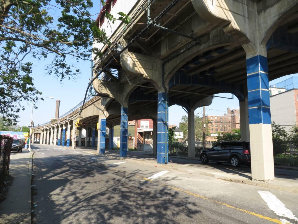 (163k, 1024x768)<br><b>Country:</b> United States<br><b>City:</b> New York<br><b>System:</b> New York City Transit<br><b>Line:</b> IND Rockaway<br><b>Location:</b> Hammels Wye <br><b>Photo by:</b> Robbie Rosenfeld<br><b>Date:</b> 5/30/2013<br><b>Notes:</b> Post-Sandy cleanup view underneath el at Hammels<br><b>Viewed (this week/total):</b> 0 / 1539