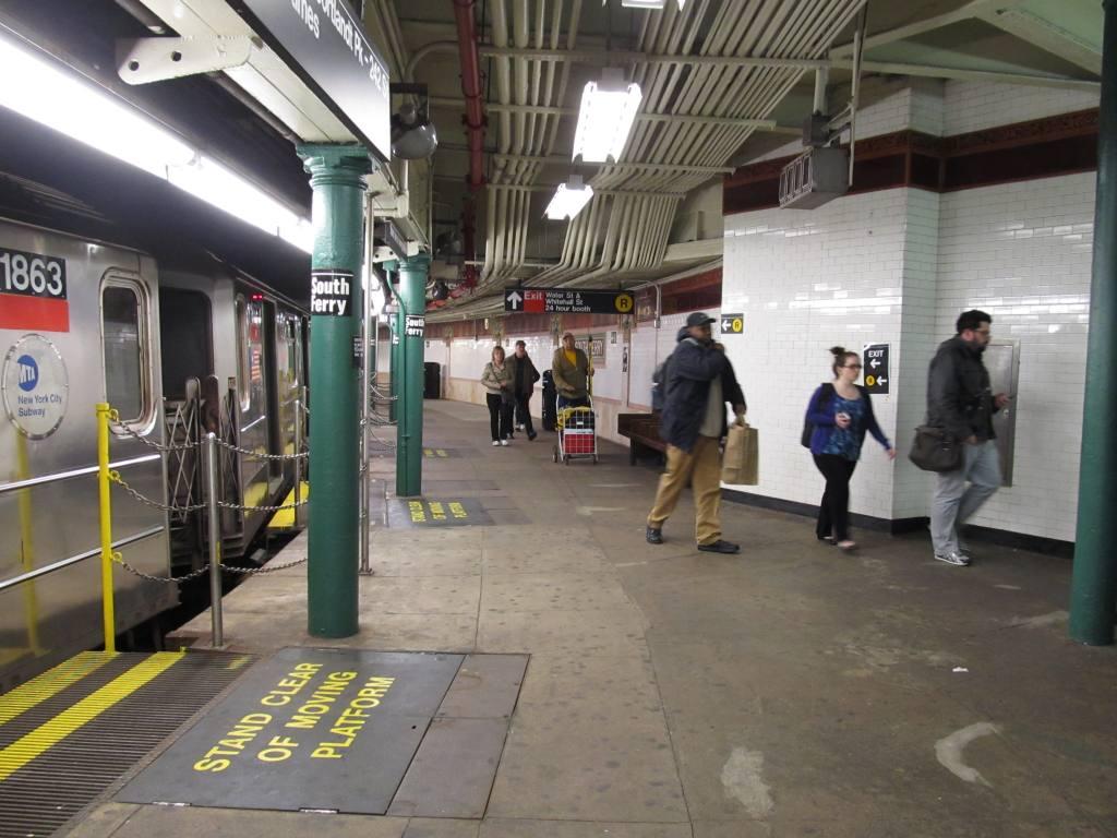 (117k, 1024x768)<br><b>Country:</b> United States<br><b>City:</b> New York<br><b>System:</b> New York City Transit<br><b>Line:</b> IRT West Side Line<br><b>Location:</b> South Ferry (Outer Loop Station) <br><b>Photo by:</b> Robbie Rosenfeld<br><b>Date:</b> 4/24/2013<br><b>Viewed (this week/total):</b> 0 / 1390