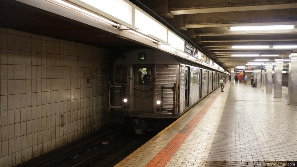 (213k, 1024x575)<br><b>Country:</b> United States<br><b>City:</b> New York<br><b>System:</b> New York City Transit<br><b>Line:</b> BMT Nassau Street/Jamaica Line<br><b>Location:</b> Sutphin Blvd.-Archer Ave./JFK <br><b>Route:</b> J<br><b>Car:</b> R-32 (Budd, 1964)   <br><b>Photo by:</b> Mr. Railfan <br><b>Date:</b> 6/20/2013<br><b>Viewed (this week/total):</b> 6 / 1661