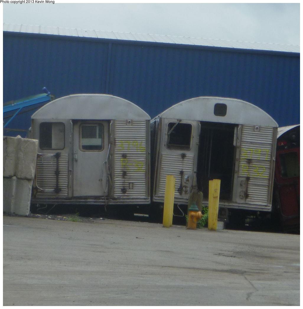 (316k, 1026x1044)<br><b>Country:</b> United States<br><b>City:</b> New York<br><b>System:</b> New York City Transit<br><b>Location:</b> Sims Metal, Newark NJ<br><b>Car:</b> R-32 (Budd, 1964)  3796/3797 <br><b>Photo by:</b> Kevin Wong<br><b>Date:</b> 7/2/2013<br><b>Viewed (this week/total):</b> 0 / 925