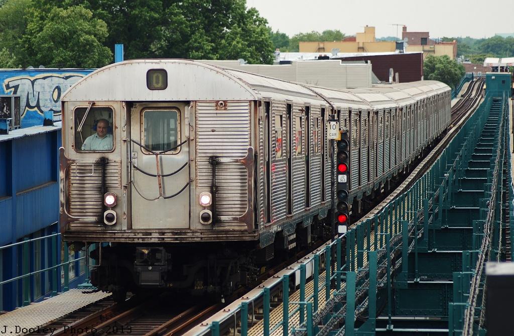 (377k, 1024x669)<br><b>Country:</b> United States<br><b>City:</b> New York<br><b>System:</b> New York City Transit<br><b>Line:</b> BMT Nassau Street/Jamaica Line<br><b>Location:</b> Alabama Avenue <br><b>Route:</b> J<br><b>Car:</b> R-32 (Budd, 1964)   <br><b>Photo by:</b> John Dooley<br><b>Date:</b> 6/26/2013<br><b>Viewed (this week/total):</b> 1 / 1160