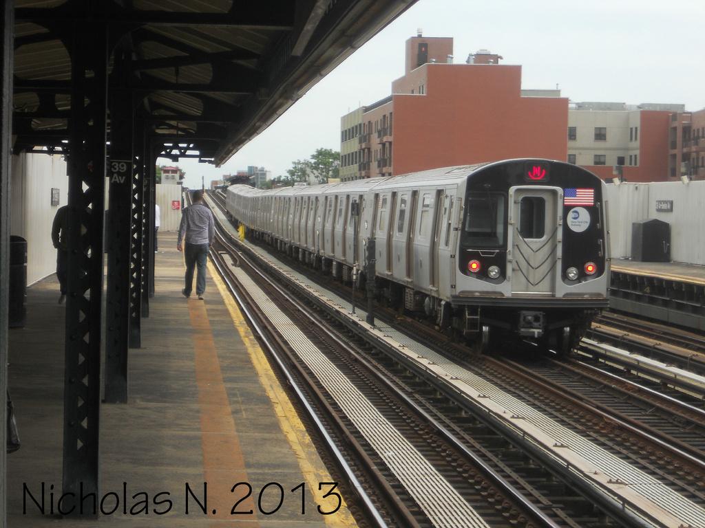 (341k, 1024x768)<br><b>Country:</b> United States<br><b>City:</b> New York<br><b>System:</b> New York City Transit<br><b>Line:</b> BMT Astoria Line<br><b>Location:</b> 39th/Beebe Aves. <br><b>Route:</b> N<br><b>Car:</b> R-160A/R-160B Series (Number Unknown)  <br><b>Photo by:</b> Nicholas Noel<br><b>Date:</b> 6/2013<br><b>Viewed (this week/total):</b> 0 / 938