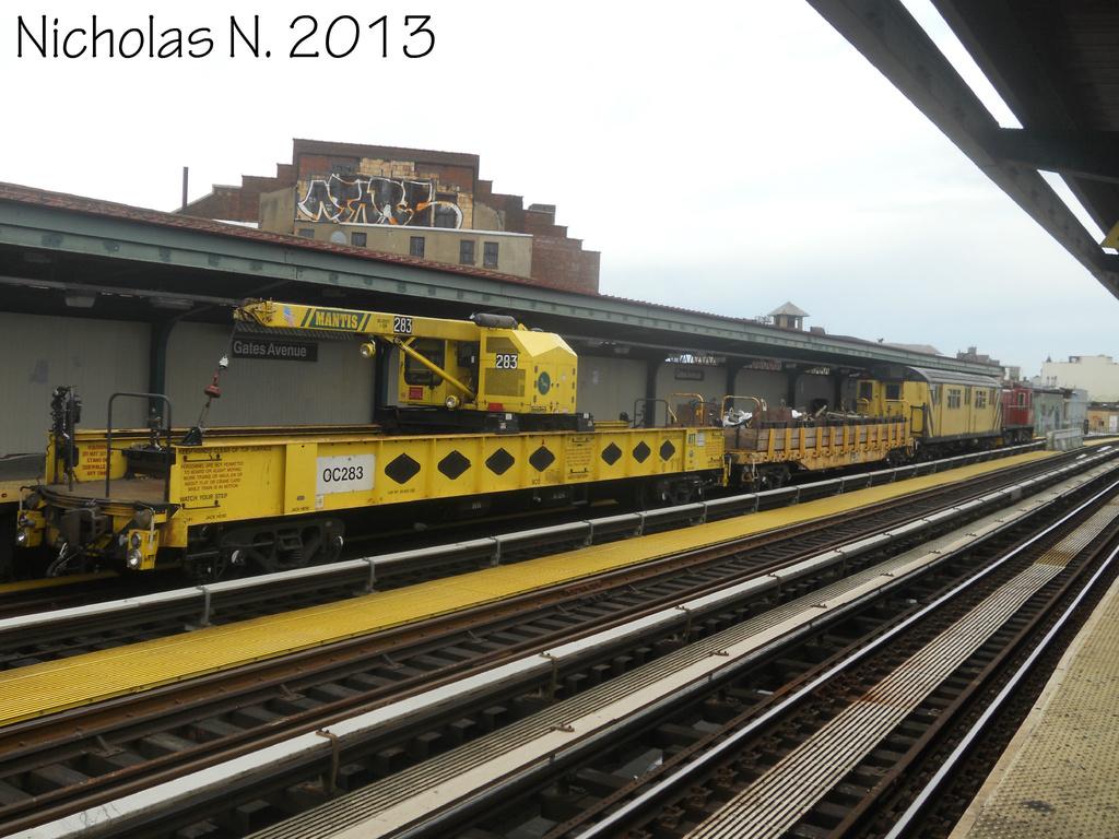 (346k, 1024x768)<br><b>Country:</b> United States<br><b>City:</b> New York<br><b>System:</b> New York City Transit<br><b>Line:</b> BMT Nassau Street/Jamaica Line<br><b>Location:</b> Gates Avenue <br><b>Route:</b> Work Service<br><b>Car:</b> R-162 Crane Car  283 <br><b>Photo by:</b> Nicholas Noel<br><b>Date:</b> 6/2013<br><b>Viewed (this week/total):</b> 0 / 830