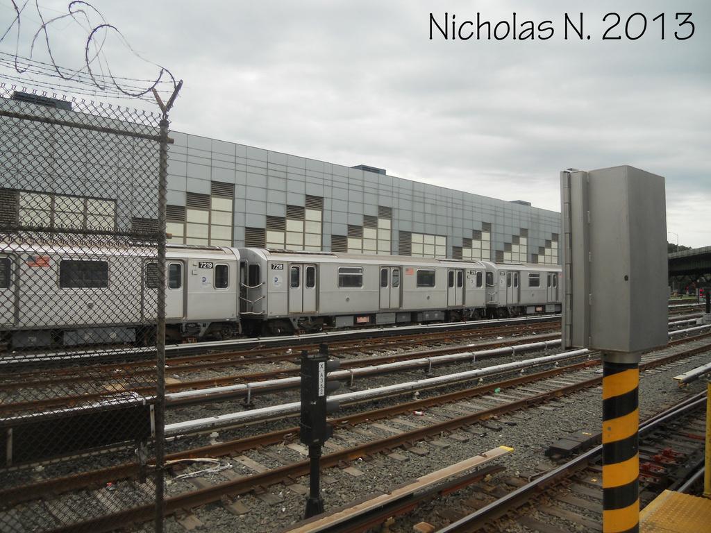 (379k, 1024x768)<br><b>Country:</b> United States<br><b>City:</b> New York<br><b>System:</b> New York City Transit<br><b>Location:</b> East 180th Street Yard<br><b>Car:</b> R-142A (Primary Order, Kawasaki, 1999-2002)  7218 <br><b>Photo by:</b> Nicholas Noel<br><b>Date:</b> 6/2013<br><b>Viewed (this week/total):</b> 2 / 780