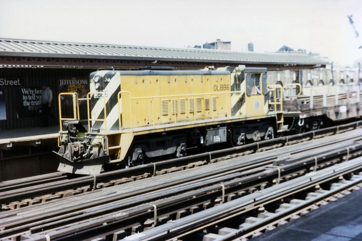 (322k, 1024x683)<br><b>Country:</b> United States<br><b>City:</b> New York<br><b>System:</b> New York City Transit<br><b>Line:</b> BMT West End Line<br><b>Location:</b> 55th Street <br><b>Car:</b> R-77 Locomotive  886 <br><b>Collection of:</b> David Pirmann<br><b>Date:</b> 5/8/1985<br><b>Viewed (this week/total):</b> 0 / 3151