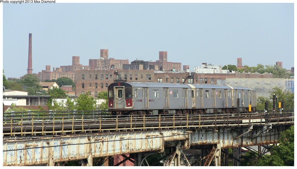 (302k, 1044x596)<br><b>Country:</b> United States<br><b>City:</b> New York<br><b>System:</b> New York City Transit<br><b>Line:</b> IRT White Plains Road Line<br><b>Location:</b> West Farms Sq./East Tremont Ave./177th St. <br><b>Route:</b> 5<br><b>Car:</b> R-142 (Primary Order, Bombardier, 1999-2002)  6730 <br><b>Photo by:</b> Max Diamond<br><b>Date:</b> 8/21/2013<br><b>Viewed (this week/total):</b> 0 / 829