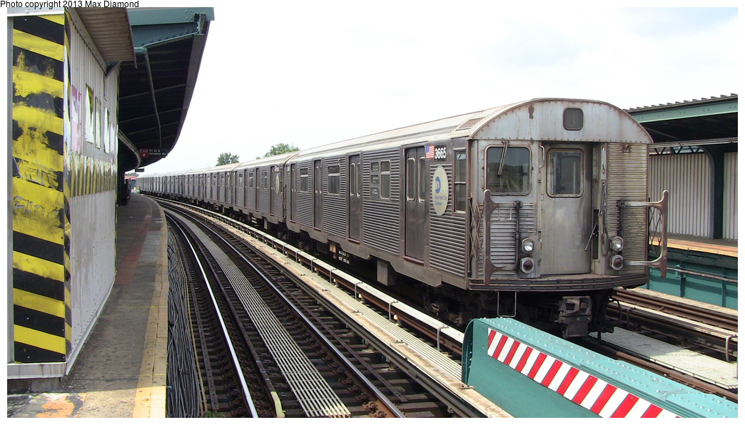(296k, 1044x596)<br><b>Country:</b> United States<br><b>City:</b> New York<br><b>System:</b> New York City Transit<br><b>Line:</b> BMT Nassau Street/Jamaica Line<br><b>Location:</b> 111th Street <br><b>Route:</b> J<br><b>Car:</b> R-32 (Budd, 1964)  3665 <br><b>Photo by:</b> Max Diamond<br><b>Date:</b> 7/27/2013<br><b>Viewed (this week/total):</b> 1 / 947