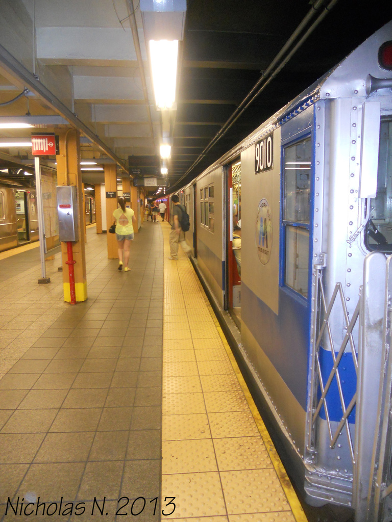 (365k, 768x1024)<br><b>Country:</b> United States<br><b>City:</b> New York<br><b>System:</b> New York City Transit<br><b>Line:</b> IRT Flushing Line<br><b>Location:</b> Main Street/Flushing <br><b>Route:</b> Museum Train Service<br><b>Car:</b> R-33 Main Line (St. Louis, 1962-63) 9010 <br><b>Photo by:</b> Nicholas Noel<br><b>Date:</b> 7/14/2013<br><b>Viewed (this week/total):</b> 0 / 1093