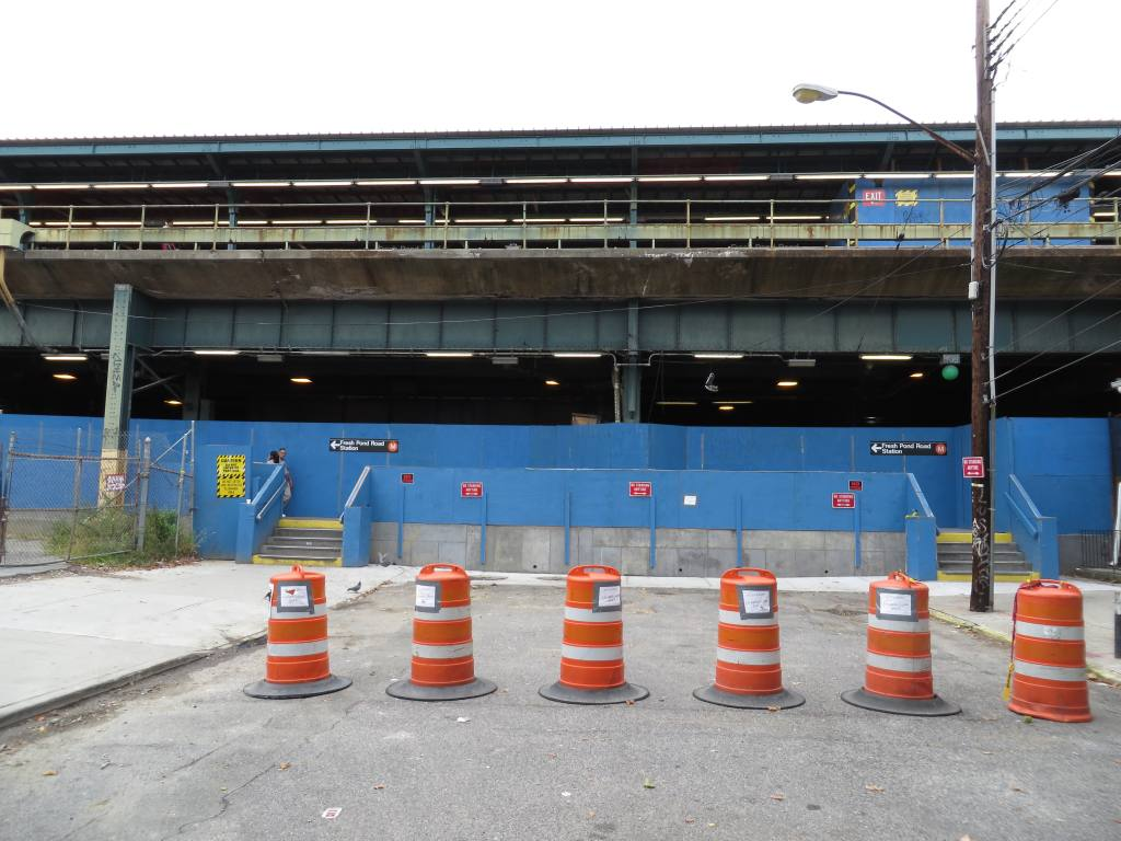 (119k, 1024x768)<br><b>Country:</b> United States<br><b>City:</b> New York<br><b>System:</b> New York City Transit<br><b>Line:</b> BMT Myrtle Avenue Line<br><b>Location:</b> Fresh Pond Road<br><b>Photo by:</b> Robbie Rosenfeld<br><b>Date:</b> 9/16/2013<br><b>Notes:</b> Station renovation<br><b>Viewed (this week/total):</b> 0 / 1247