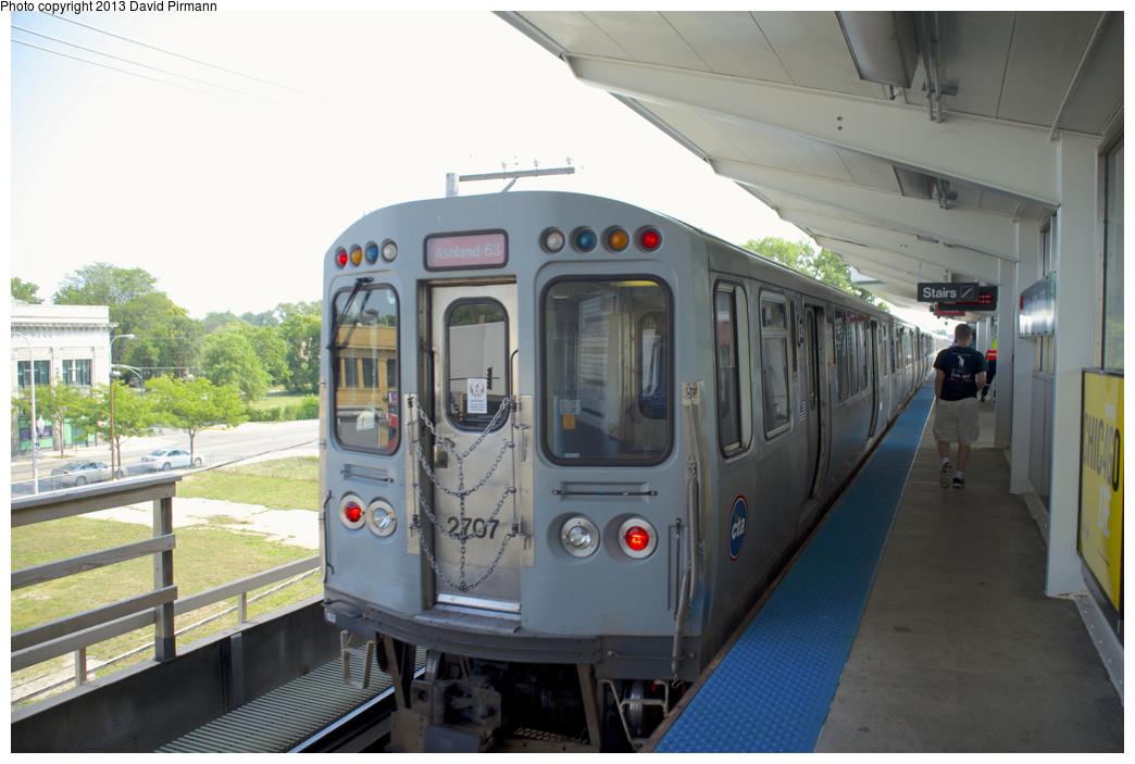 (282k, 1044x703)<br><b>Country:</b> United States<br><b>City:</b> Chicago, IL<br><b>System:</b> Chicago Transit Authority <br><b>Line:</b> CTA Green (Lake/South Side)<br><b>Location:</b> Ashland/63rd <br><b>Route:</b> Red<br><b>Car:</b> CTA 2600 Series 2707 <br><b>Photo by:</b> David Pirmann<br><b>Date:</b> 8/25/2013<br><b>Viewed (this week/total):</b> 0 / 525