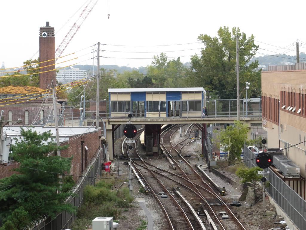 (146k, 1024x768)<br><b>Country:</b> United States<br><b>City:</b> New York<br><b>System:</b> New York City Transit<br><b>Line:</b> SIRT<br><b>Location:</b> Tompkinsville <br><b>Photo by:</b> Robbie Rosenfeld<br><b>Date:</b> 10/16/2013<br><b>Viewed (this week/total):</b> 29 / 1266