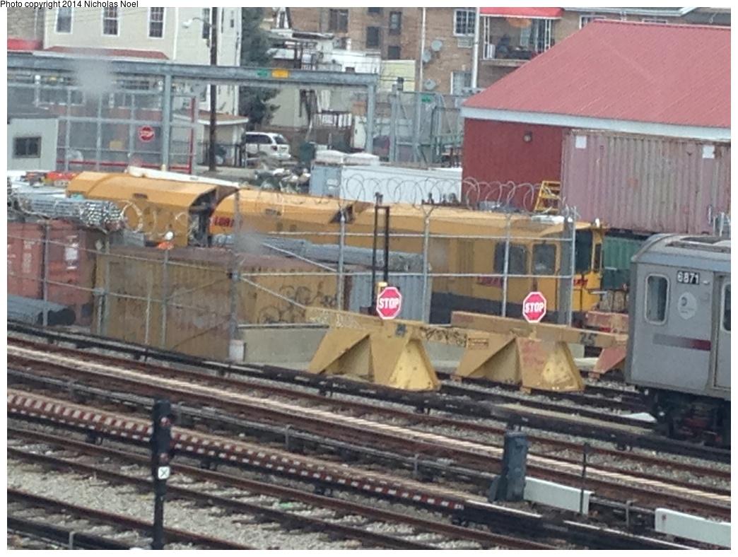 (292k, 1044x788)<br><b>Country:</b> United States<br><b>City:</b> New York<br><b>System:</b> New York City Transit<br><b>Location:</b> Unionport Yard<br><b>Photo by:</b> Nicholas Noel<br><b>Date:</b> 3/15/2014<br><b>Notes:</b> New railgrinder equipment at Unionport Yard<br><b>Viewed (this week/total):</b> 1 / 910