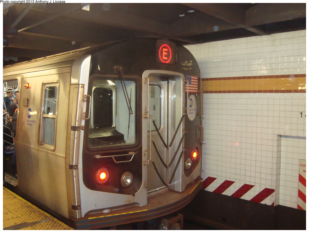 (316k, 1044x788)<br><b>Country:</b> United States<br><b>City:</b> New York<br><b>System:</b> New York City Transit<br><b>Line:</b> IND 8th Avenue Line<br><b>Location:</b> 14th Street <br><b>Route:</b> E<br><b>Car:</b> R-160A/R-160B Series (Number Unknown)  <br><b>Photo by:</b> Anthony J. Liccese<br><b>Date:</b> 8/15/2013<br><b>Viewed (this week/total):</b> 0 / 818