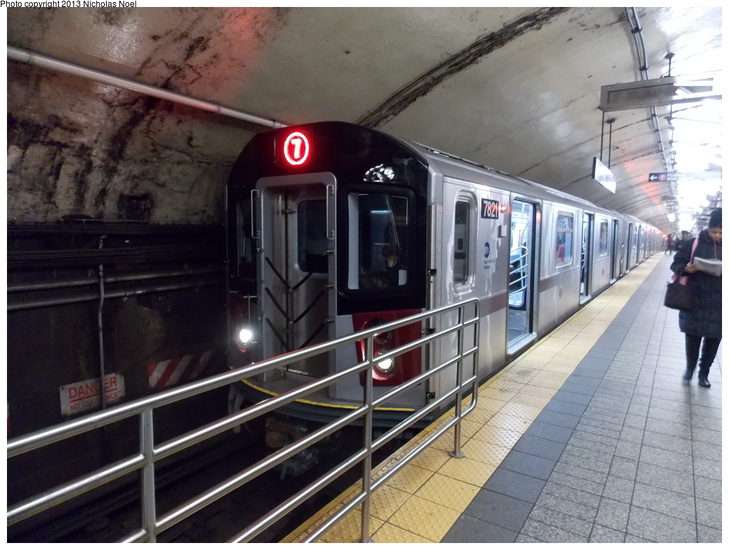 (356k, 1044x788)<br><b>Country:</b> United States<br><b>City:</b> New York<br><b>System:</b> New York City Transit<br><b>Line:</b> IRT Flushing Line<br><b>Location:</b> Grand Central <br><b>Route:</b> 7<br><b>Car:</b> R-188 (Kawasaki, 2012-) 7821 <br><b>Photo by:</b> Nicholas Noel<br><b>Date:</b> 12/1/2013<br><b>Viewed (this week/total):</b> 0 / 1740
