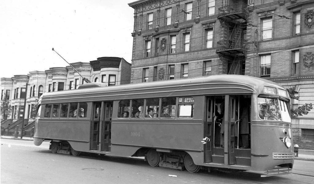 (194k, 1024x600)<br><b>Country:</b> United States<br><b>City:</b> New York<br><b>System:</b> Brooklyn & Queens Transit<br><b>Line:</b> 68/Coney Island Ave. <br><b>Location:</b> Prospect Park SW -- Bartel-Pritchard Square <br><b>Car:</b> Brooklyn & Queens Transit PCC (St. Louis Car, 1936)  1004 <br><b>Date:</b> 10/18/1936<br><b>Viewed (this week/total):</b> 2 / 448