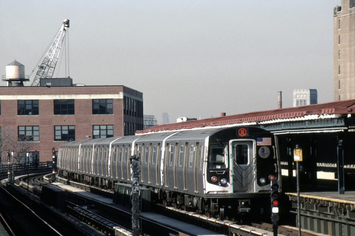 (358k, 1024x682)<br><b>Country:</b> United States<br><b>City:</b> New York<br><b>System:</b> New York City Transit<br><b>Line:</b> BMT Astoria Line<br><b>Location:</b> 39th/Beebe Aves. <br><b>Route:</b> N<br><b>Car:</b> R-160B (Kawasaki, 2005-2008)  8773-8777/8763-8767 <br><b>Photo by:</b> David Warner<br><b>Collection of:</b> David Pirmann<br><b>Date:</b> 4/18/2008<br><b>Viewed (this week/total):</b> 0 / 811