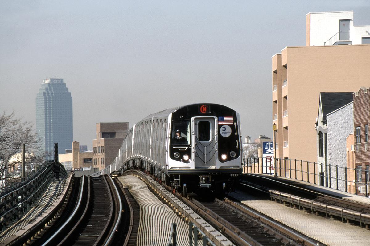 (449k, 1024x682)<br><b>Country:</b> United States<br><b>City:</b> New York<br><b>System:</b> New York City Transit<br><b>Line:</b> BMT Astoria Line<br><b>Location:</b> Astoria Boulevard/Hoyt Avenue <br><b>Route:</b> N<br><b>Car:</b> R-160B (Kawasaki, 2005-2008)  8903-8907/8908-8912 <br><b>Photo by:</b> David Warner<br><b>Collection of:</b> David Pirmann<br><b>Date:</b> 4/18/2008<br><b>Viewed (this week/total):</b> 0 / 858
