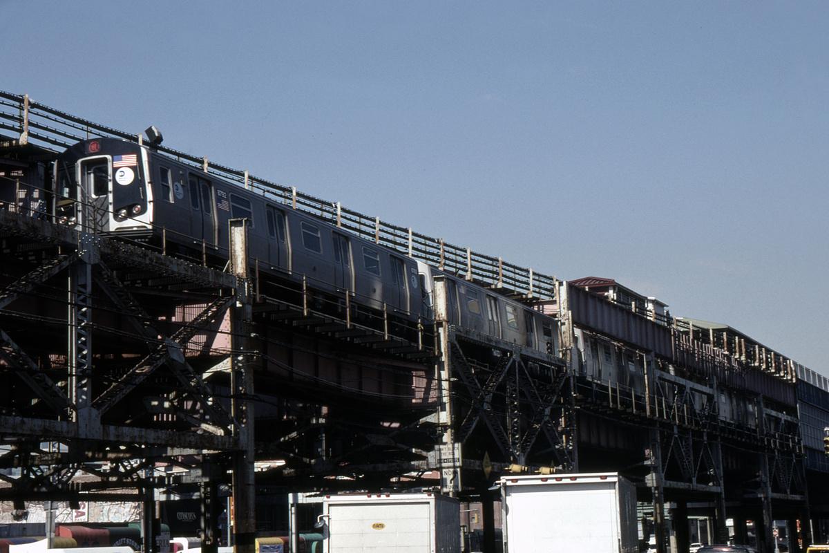 (391k, 1044x742)<br><b>Country:</b> United States<br><b>City:</b> New York<br><b>System:</b> New York City Transit<br><b>Line:</b> BMT Astoria Line<br><b>Location:</b> Queensborough Plaza <br><b>Route:</b> N<br><b>Car:</b> R-160B (Kawasaki, 2005-2008)  8968-8972/etc <br><b>Photo by:</b> David Warner<br><b>Collection of:</b> David Pirmann<br><b>Date:</b> 4/18/2008<br><b>Viewed (this week/total):</b> 1 / 910
