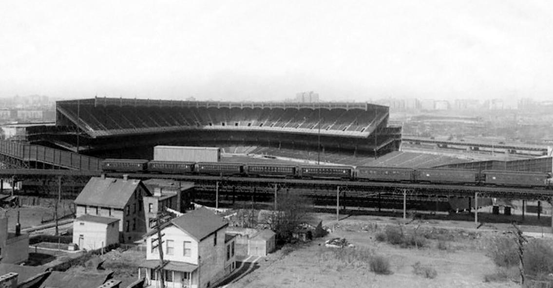 (139k, 1135x592)<br><b>Country:</b> United States<br><b>City:</b> New York<br><b>System:</b> New York City Transit<br><b>Line:</b> IRT Woodlawn Line<br><b>Location:</b> 161st Street/River Avenue (Yankee Stadium) <br><b>Collection of:</b> Frank Pfuhler<br><b>Viewed (this week/total):</b> 1 / 654