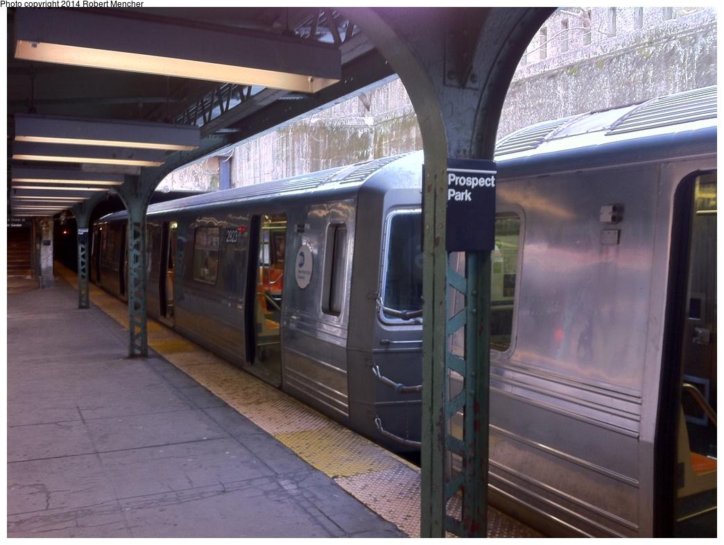 (297k, 1044x785)<br><b>Country:</b> United States<br><b>City:</b> New York<br><b>System:</b> New York City Transit<br><b>Line:</b> BMT Franklin<br><b>Location:</b> Prospect Park <br><b>Route:</b> Franklin Shuttle<br><b>Car:</b> R-68 (Westinghouse-Amrail, 1986-1988)  2923 <br><b>Photo by:</b> Robert Mencher<br><b>Date:</b> 1/1/2014<br><b>Viewed (this week/total):</b> 2 / 956