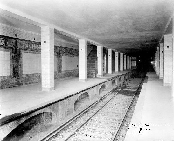 (105k, 600x485)<br><b>Country:</b> United States<br><b>City:</b> New York<br><b>System:</b> New York City Transit<br><b>Line:</b> BMT Nassau Street/Jamaica Line<br><b>Location:</b> Chambers Street <br><b>Date:</b> 1913<br><b>Viewed (this week/total):</b> 6 / 1504