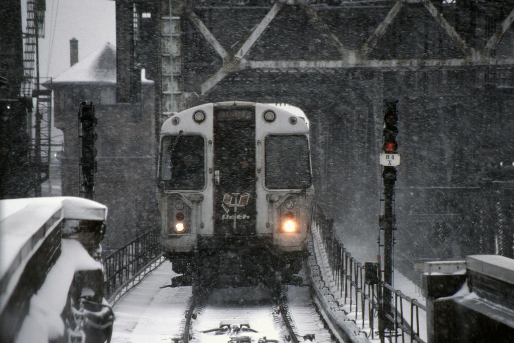 (404k, 1024x682)<br><b>Country:</b> United States<br><b>City:</b> Newark, NJ<br><b>System:</b> PATH<br><b>Location:</b> Newark (Penn Station) <br><b>Car:</b> PATH PA-1 (St. Louis Car, 1965)  624 <br><b>Photo by:</b> David Warner<br><b>Collection of:</b> David Pirmann<br><b>Date:</b> 3/6/2001<br><b>Viewed (this week/total):</b> 1 / 953